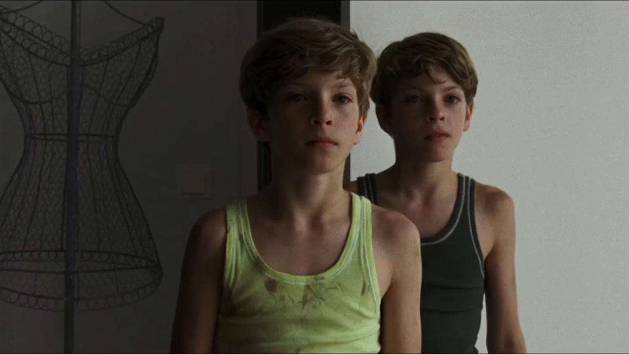 kitty-cumshot-nude-boys-cinema-teen